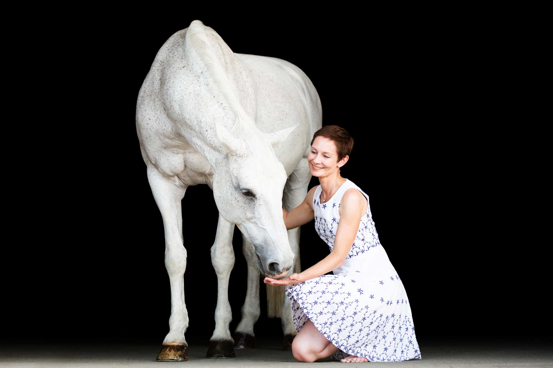 Jasmin-mit-Pferd-02